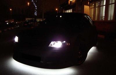 Неоновая подсветка на автомобилях