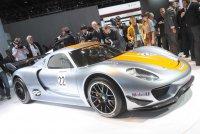 В Детройте представлен новый Porsche 918 RSR Hybrid