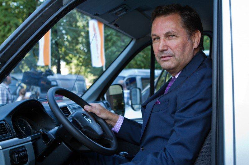 Иностранец, Президент АвтоВАЗа, Бу Андерссон заявил о двукратном сокращении иностранных специалистов  в Тольятти