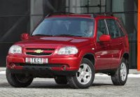 Хороший внедорожник Chevrolet Niva.