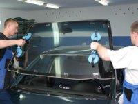 Особенности установки автомобильных стекол.