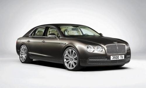 Парижская премьера седана Bentley