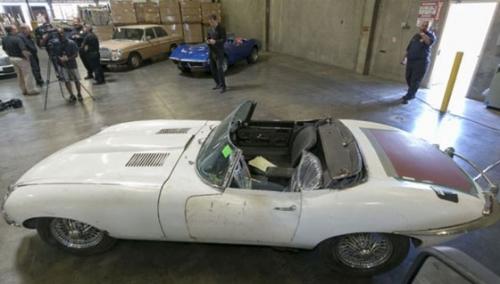 Похищенный в Нью-Йорке кабриолет Jaguar вернули владельцу спустя 46 лет