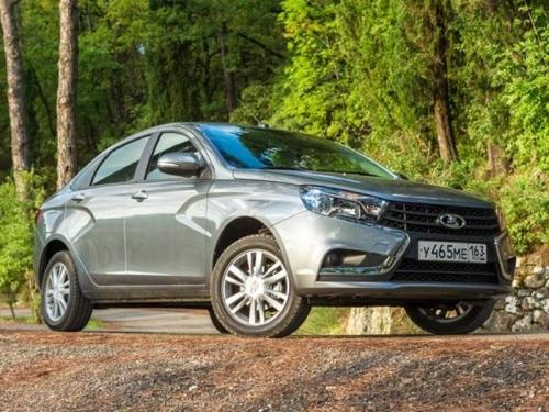 АвтоВАЗ раскрыл подробности о европейской Lada Vesta