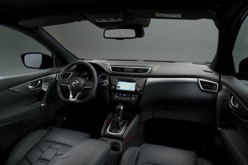 Nissan Qashqai обновился и получил автопилот