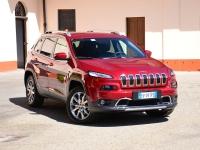 Jeep привез в Россию дизельный Cherokee