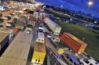 Камеры избавят МКАД от грузовиков в левых рядах